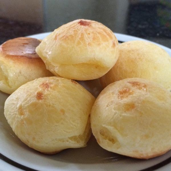 Porção de pão de queijo